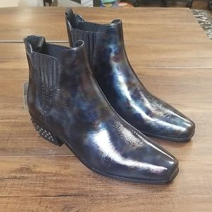 Donald Pliner Milann Leather Booties